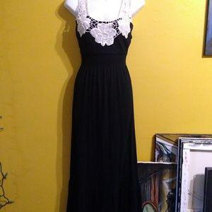 Dresses & Skirts - GUC black witchy goth lace boho maxi dress medium